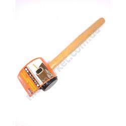HI1122 Молоток-киянка рез. тверд., ручка дерев.(48шт в ящ)